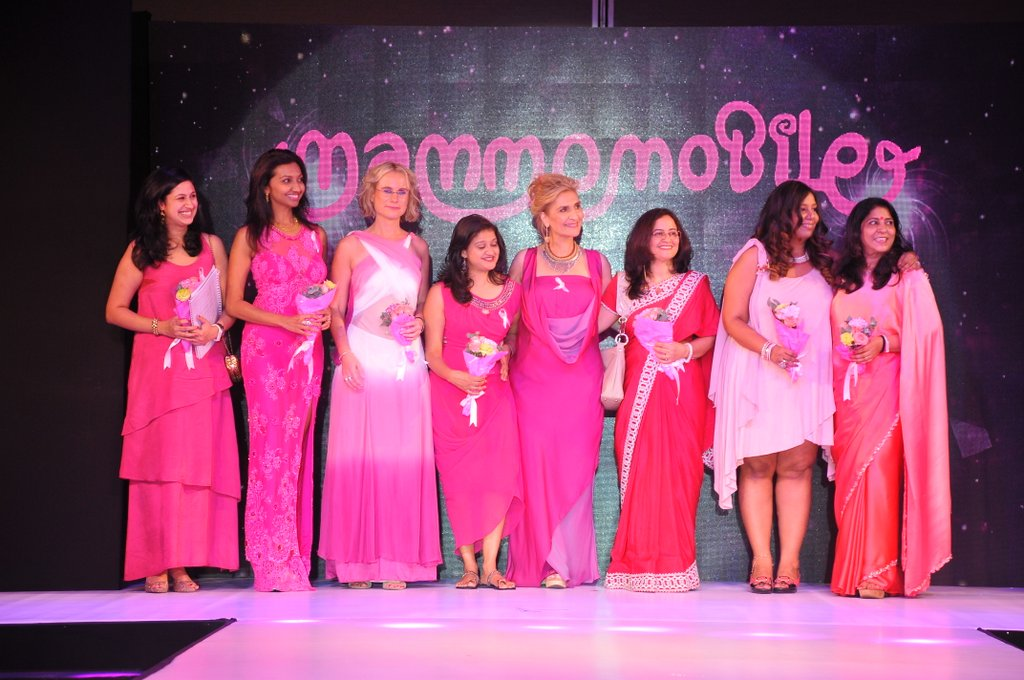 Pink Mammomobile Event